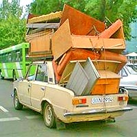 picture-framing-customer-overloaded-with-furniture