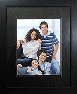 black-photo-frame-with-black-mat